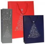 Exclusive paper bags with Christmas designs.